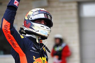 Daniel Ricciardo, Red Bull Racing, waves to the fans
