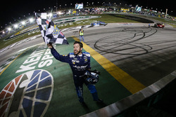 Winner Martin Truex Jr., Furniture Row Racing, Toyota Camry Auto-Owners Insurance celebrates