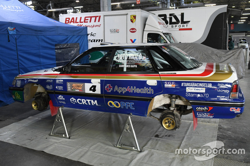 La Subaru Legacy di Salvatore Riolo, CST Sport, nel paddock