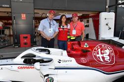 Tatiana Calderón, piloto de pruebas de Sauber con Oscar Fangio y Rubén Fangio,