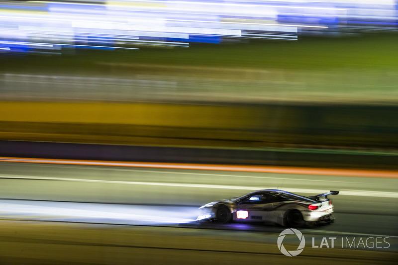 60: #70 MR Racing Ferrari 488 GTE: Motoaki Ishikawa, Olivier Beretta, Eddie Cheever III, 3'54.951