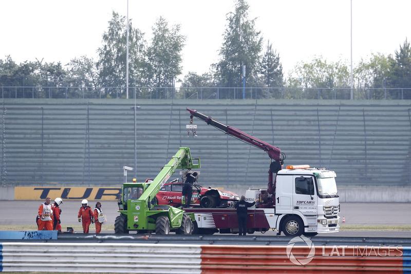 El coche de René Rast, Audi Sport Team Rosberg, Audi RS 5 DTM después del choque