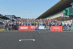 Gruppenfoto: Die Fahrer der Saison 2017 der Motorrad-Langstrecken-WM (FIM EWC)