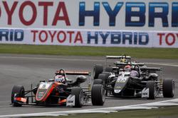 Pedro Piquet, Van Amersfoort Racing, Dallara F317 - Mercedes-Benz; Marino Sato, Motopark, Dallara F3