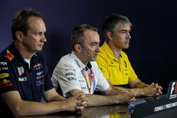 Paul Monaghan, Red Bull Racing RB13 Şef Mühendisi, Paddy Lowe, Williams Teknik Direktörü ve Nick Chester, Renault Sport F1 Team RS17 Teknik Direktörü