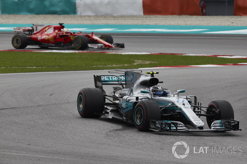Валттері Боттас, Mercedes AMG F1 W08, Себастьян Феттель, Ferrari SF70H