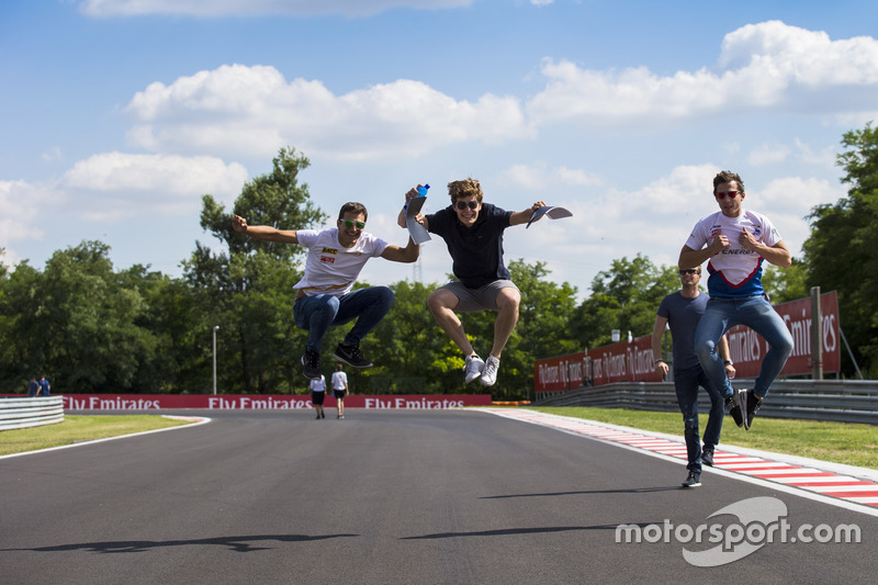 Alex Palou, Campos Racing; Steijn Schothorst, Campos Racing and Konstantin Tereschenko, Campos Racing