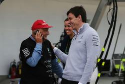 Niki Lauda, et Toto Wolff