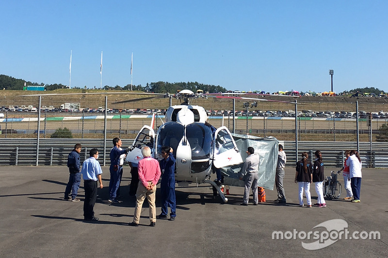 Jorge Lorenzo, Yamaha Factory Racing, airlifted after his crash
