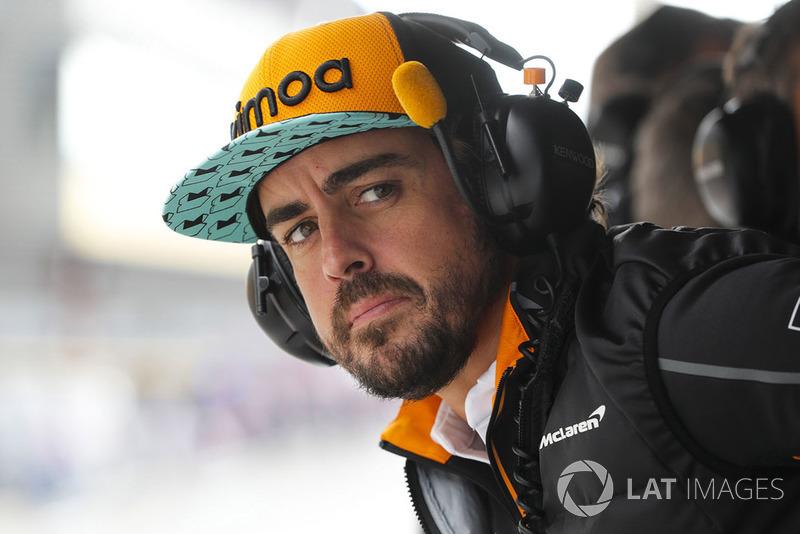 Fernando Alonso, McLaren, en los libres 1