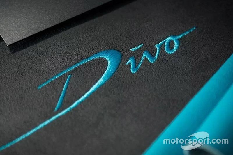 Bugatti Divo тізер