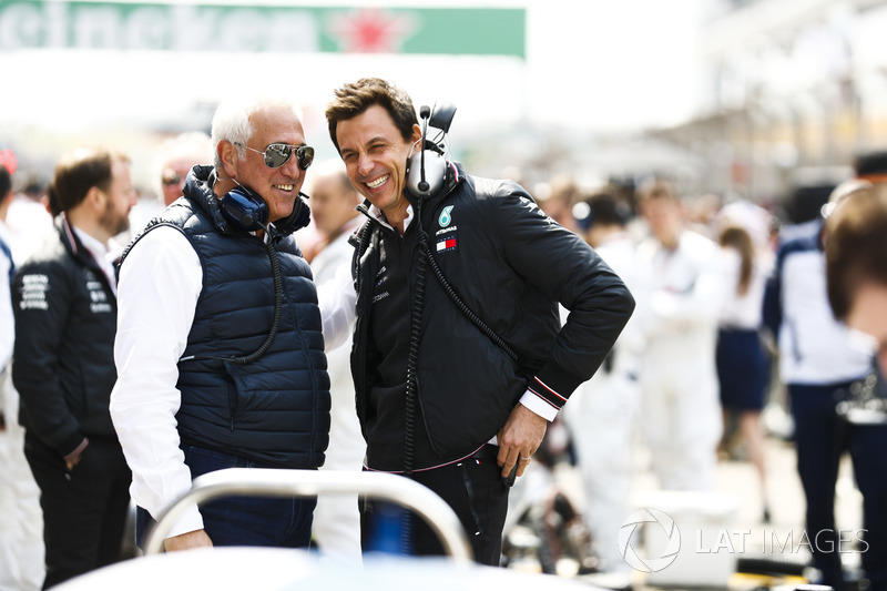 Lawrence Stroll on the grid with Toto Wolff, Executive Director (Business), Mercedes AMG