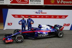 Pierre Gasly, Scuderia Toro Rosso and Brendon Hartley, Scuderia Toro Rosso, the new Scuderia Toro Rosso STR13