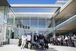 Lewis Hamilton, Mercedes-AMG F1, Valtteri Bottas, Mercedes-AMG F1, Toto Wolff, Direttore del Motorsport Mercedes AMG F1, Giuseppe D'Arrigo, Petronas