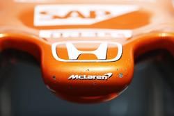Носовой обтекатель McLaren MCL32