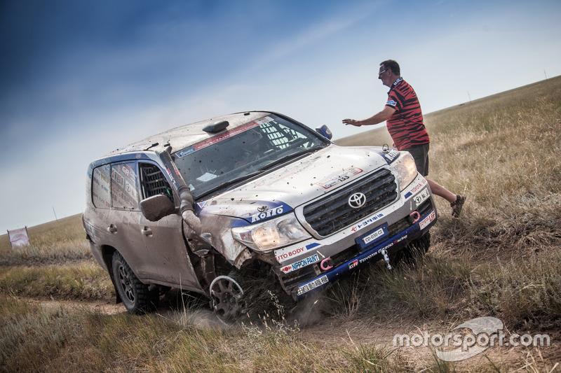 #133 Team Land Cruiser Toyota: Akira Miura, Laurent Lichtleuchter