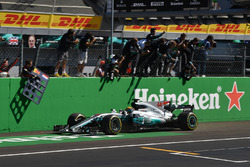 Race winner Lewis Hamilton, Mercedes-Benz F1 W08  crosses the line
