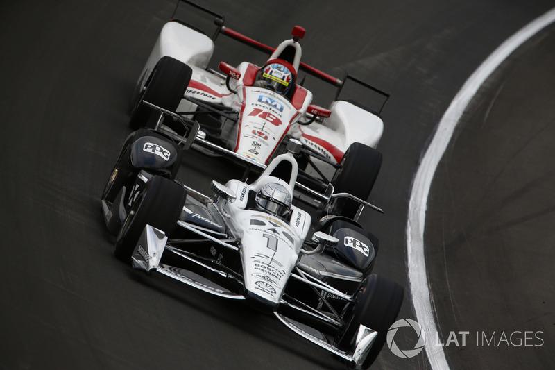 Симон Пажено, Team Penske Chevrolet, и Тристан Вотье, Dale Coyne Racing Honda