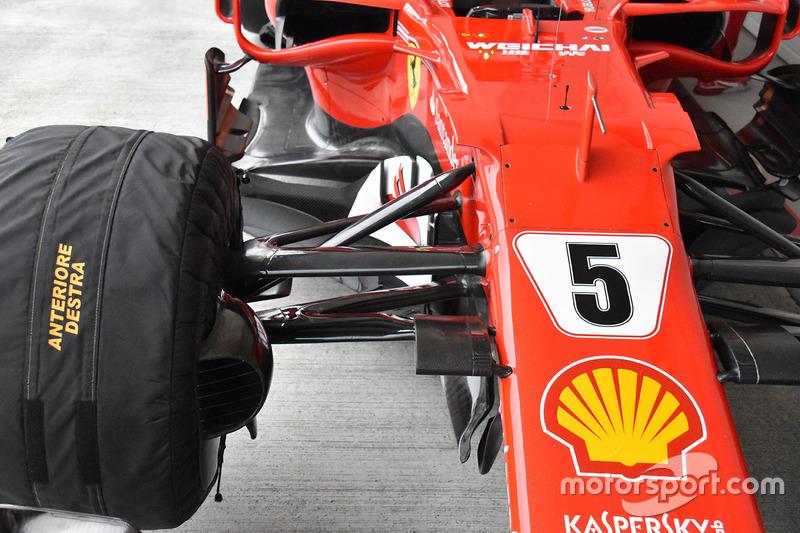 Ferrari SF70H: Vorderradaufhängung