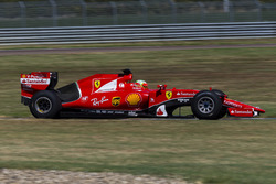 Esteban Gutierrez, Ferrari tests the 2017 spec Pirelli