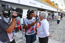 Bernie Ecclestone, with Karun Chandhok, Channel 4 Technical Analyst