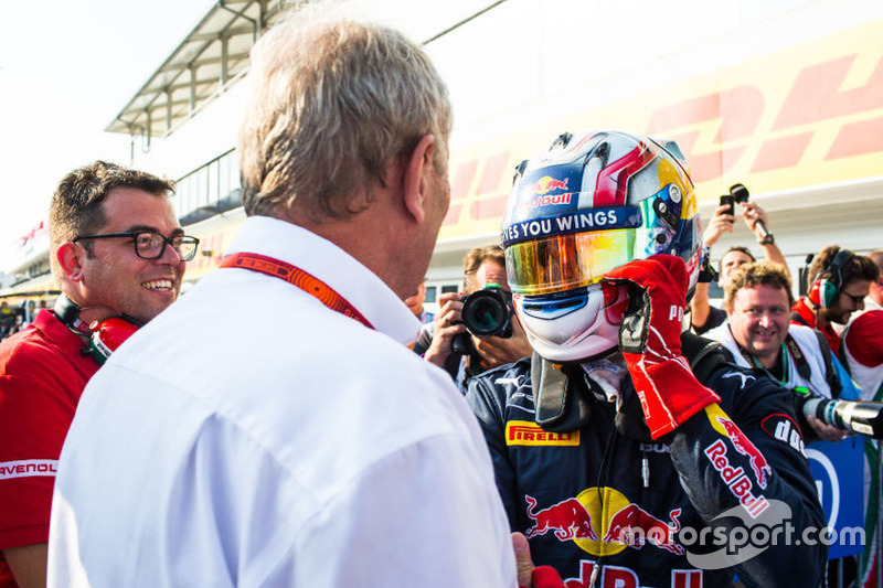 (LtoR):Rene Rosin, Team Manager PREMA,Dr. Helmut Marko,Red Bull Racing,Pierre Gasly, PREMA Racing