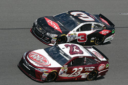 Austin Dillon, Richard Childress Racing Chevrolet, David Ragan, BK Racing Toyota