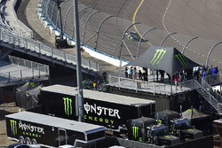 Monster Energy hospitality, Kurt Busch, Stewart-Haas Racing Ford