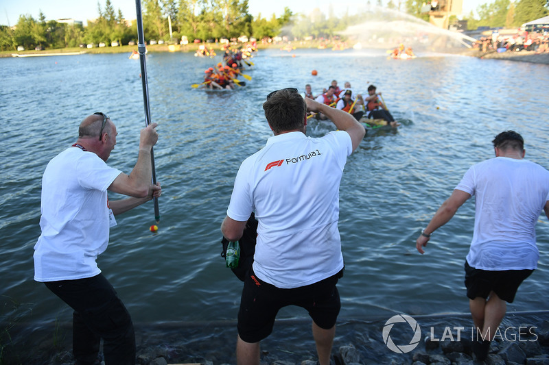 FOM at the raft race