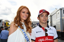 Charles Leclerc, Sauber en Miss Frankrijk