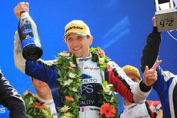 Podio LMP2: al terzo posto Tristan Gommendy, Graff Racing