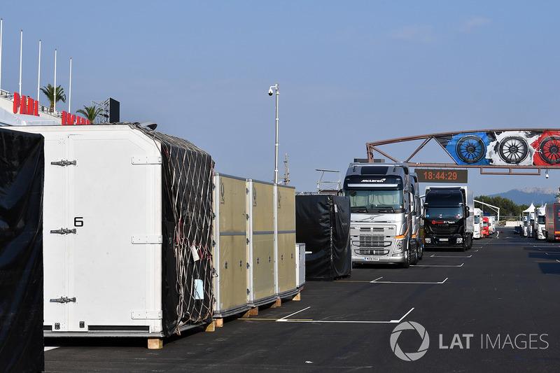Casse e camion
