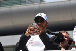Lewis Hamilton, Mercedes-AMG F1 tijdens de rijdersparade