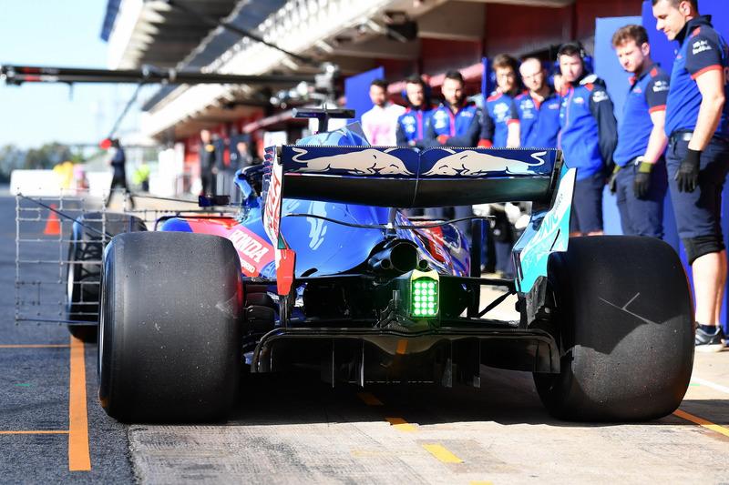 Scuderia Toro Rosso STR13 arka tarafı