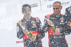 Podium: second place Hayden Paddon, John Kennard, Hyundai Motorsport