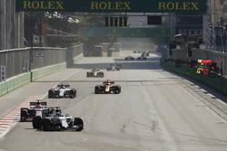 Felipe Massa, Williams FW40, Esteban Ocon, Sahara Force India F1 VJM10, Valtteri Bottas, Mercedes AMG F1 W08 y Daniel Ricciardo, Red Bull Racing RB13