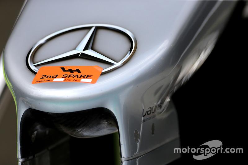 Mercedes F1 W07: Ersatznase