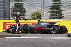 Romain Grosjean, Haas F1 Team, gets out of his car after a collision, Jolyon Palmer, Renault Sport F1 Team