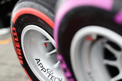 Шины Pirelli SuperSoft