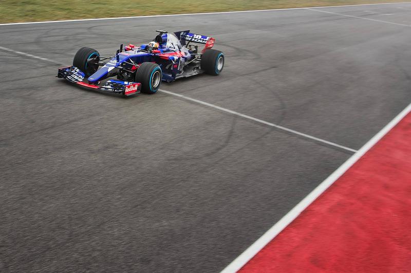 Карлос Сайнc, Toro Rosso STR12