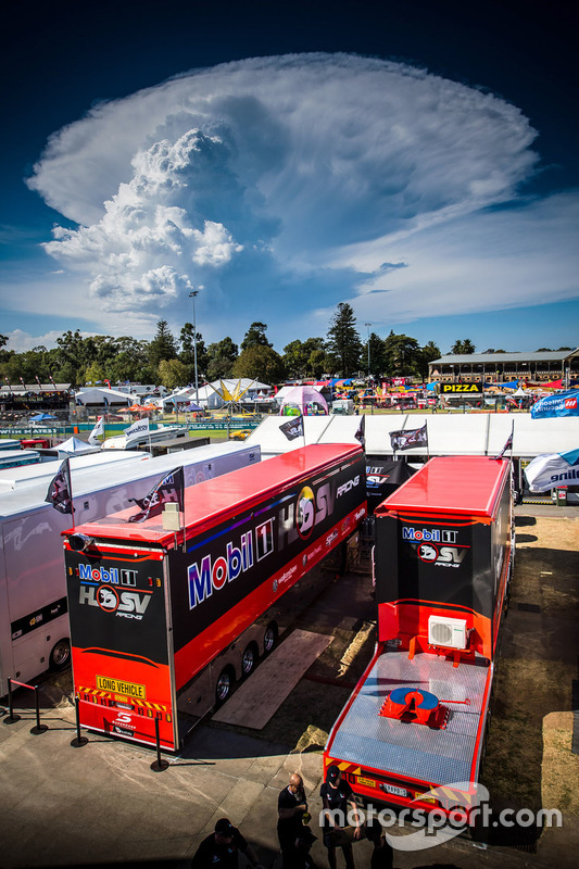 Motorhome vom Holden Racing Team