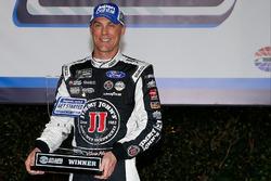 Polesitter Kevin Harvick, Stewart-Haas Racing, Ford