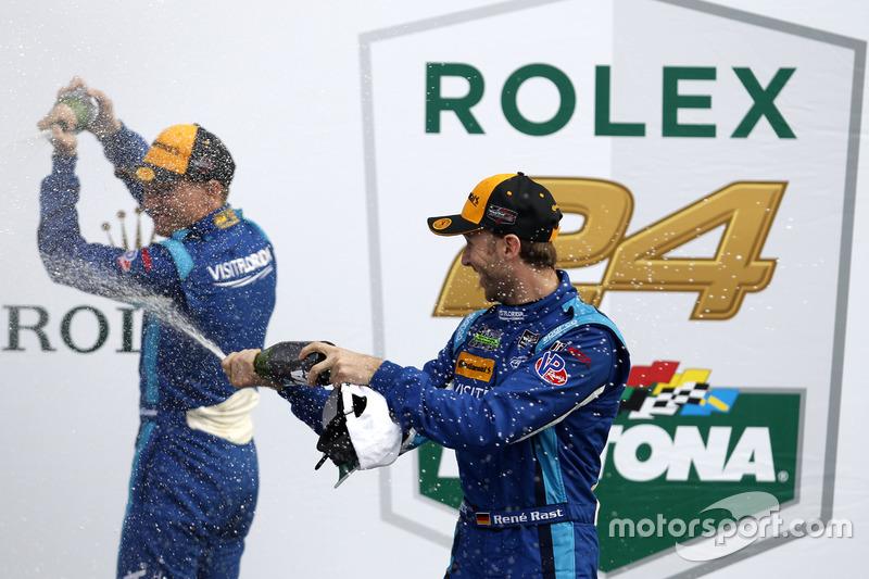 Lluivia de Champagne #90 VisitFlorida.com Racing Multimatic Riley LMP2: Renger van der Zande, René Rast