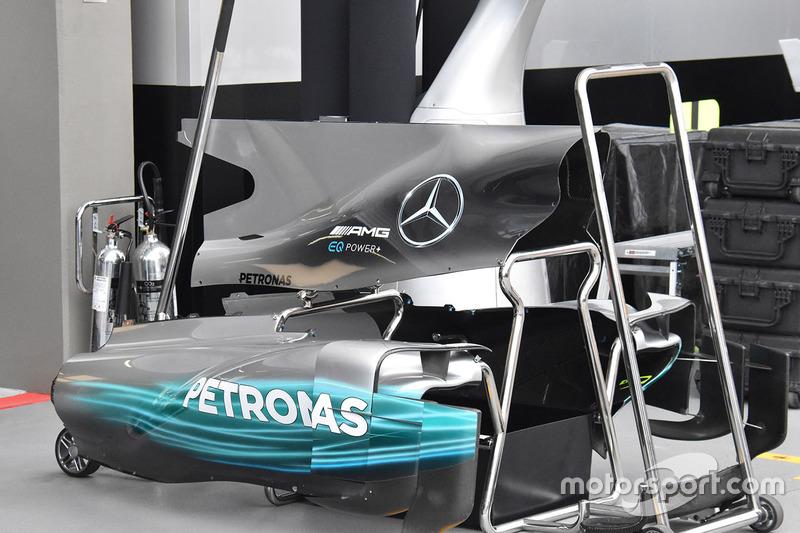 Mercedes AMG F1 W08 dettaglio della pinna