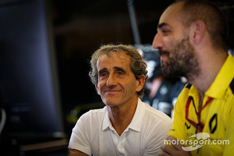 Alain Prost con Cyril Abiteboul, director Renault Sport F1