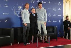 Нико Росберг, Mercedes AMG F1, Жан Тодт, президент FIA, и Тото Вольф, совладелец и исполнительный директор Mercedes AMG F1
