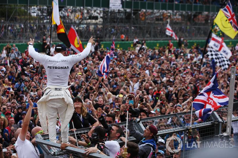 Победитель: Льюис Хэмилтон, Mercedes AMG F1