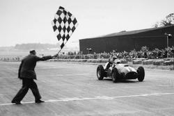 1. Jose Froilan Gonzalez, Ferrari