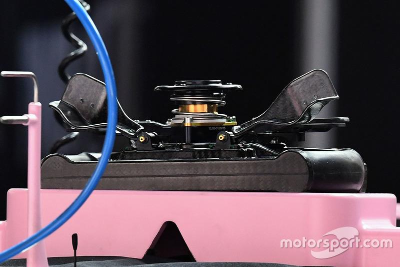 Force India VJM10: Lenkrad