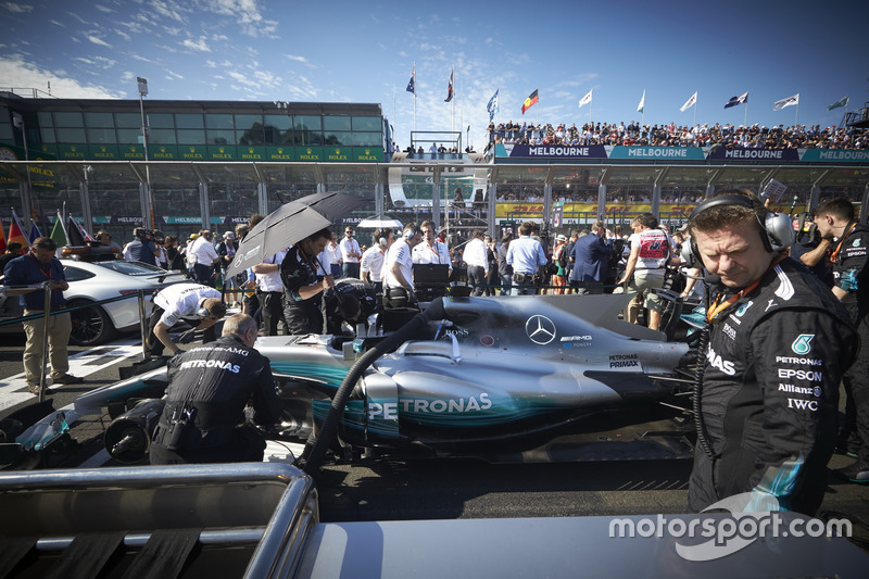The car of Lewis Hamilton, Mercedes AMG F1 W08, on the grid